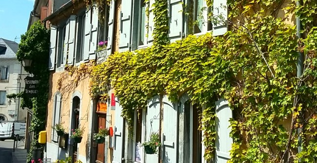 Hotel Templiers Front Close